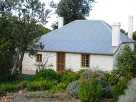 dingley dell cottage - Carnarvon Accommodation