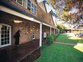 Annies Lane - Carnarvon Accommodation