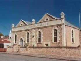 Local And Family History Resource Centre - Carnarvon Accommodation