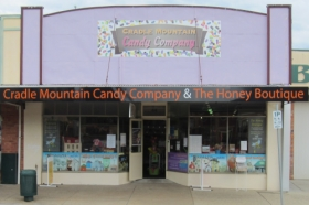 Cradle Mountain Candy Company and Honey Boutique - Carnarvon Accommodation