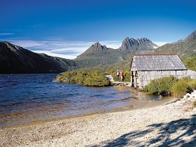 Dove Lake Circuit - Carnarvon Accommodation