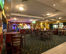 Canberra Irish Club - Carnarvon Accommodation