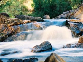 Crows Nest Falls - Carnarvon Accommodation