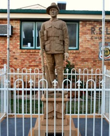 Soldier Statue Memorial Chinchilla - Carnarvon Accommodation