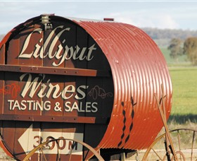 Lilliput Wines - Carnarvon Accommodation