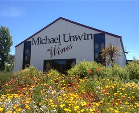 Michael Unwin Wines - Carnarvon Accommodation