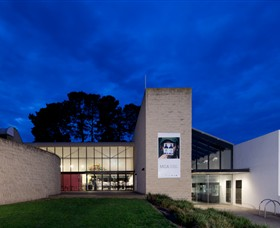 Monash Gallery of Art - Carnarvon Accommodation