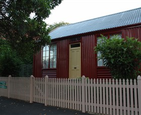 19th Century Portable Iron Houses - Carnarvon Accommodation