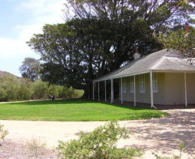 Black Rock House - Carnarvon Accommodation