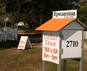 Rowanston on the Track Winery  Bed and Breakfast - Carnarvon Accommodation