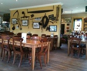 The Beekeepers Inn - Carnarvon Accommodation