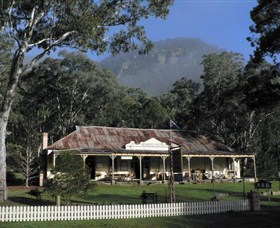 Newnes Kiosk - Carnarvon Accommodation