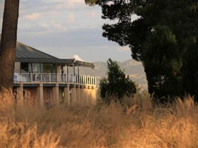 Glenelg Golf Club and Pinehill Bistro - Carnarvon Accommodation