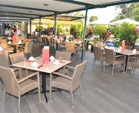 Loong Fong Seafood Restaurant - Carnarvon Accommodation