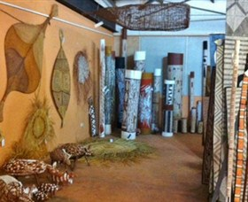 Maningrida Arts and Culture - Carnarvon Accommodation