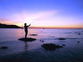 Fishing at Magnetic Island - Carnarvon Accommodation