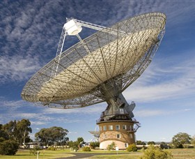 CSIRO Parkes Radio Telescope - Carnarvon Accommodation