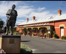 Forbes Railway Arts and Visitor Information Centre - Carnarvon Accommodation