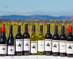 Houlaghans Valley Wines - Carnarvon Accommodation