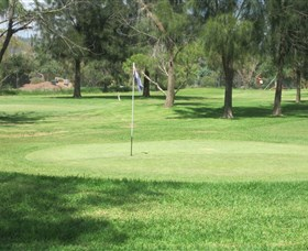 Wiradjuri Golf Centre - Carnarvon Accommodation