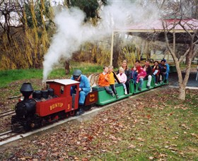 Holbrook Miniature Railway - Carnarvon Accommodation