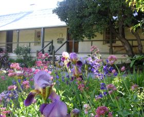 Raglan Gallery And Cultural Centre - Carnarvon Accommodation