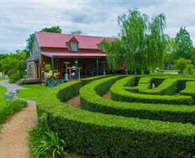 Amazement Farm and Fun Park / Cafe and Farmstay Accommodation - Carnarvon Accommodation