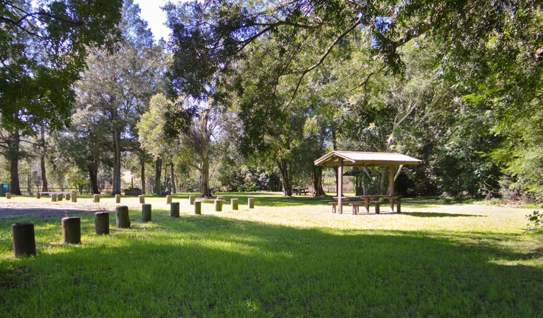 Moore Park picnic area - Carnarvon Accommodation