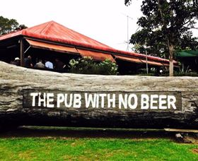 The Pub With No Beer - Carnarvon Accommodation