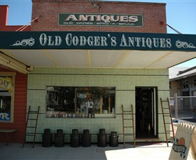 Old Codgers Antiques - Carnarvon Accommodation
