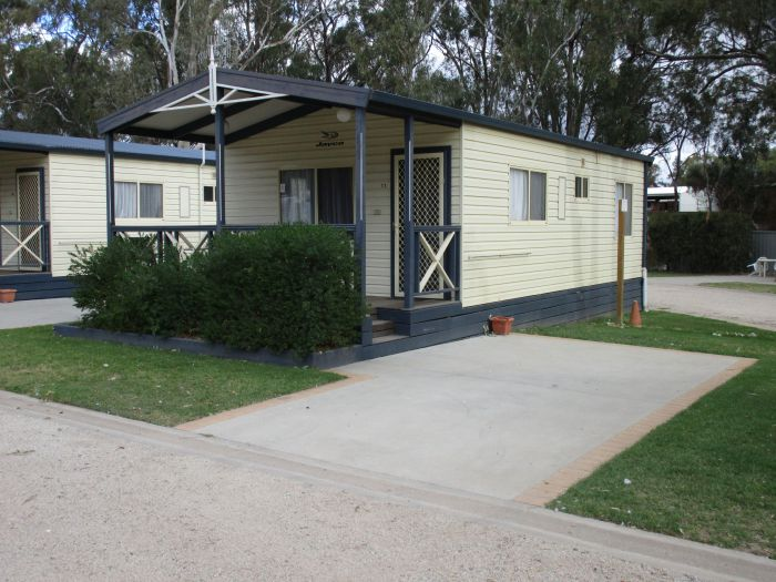 McLean Beach Holiday Park - Carnarvon Accommodation