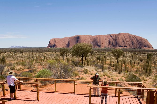 Uluru Small Group Tour including Sunset - Carnarvon Accommodation