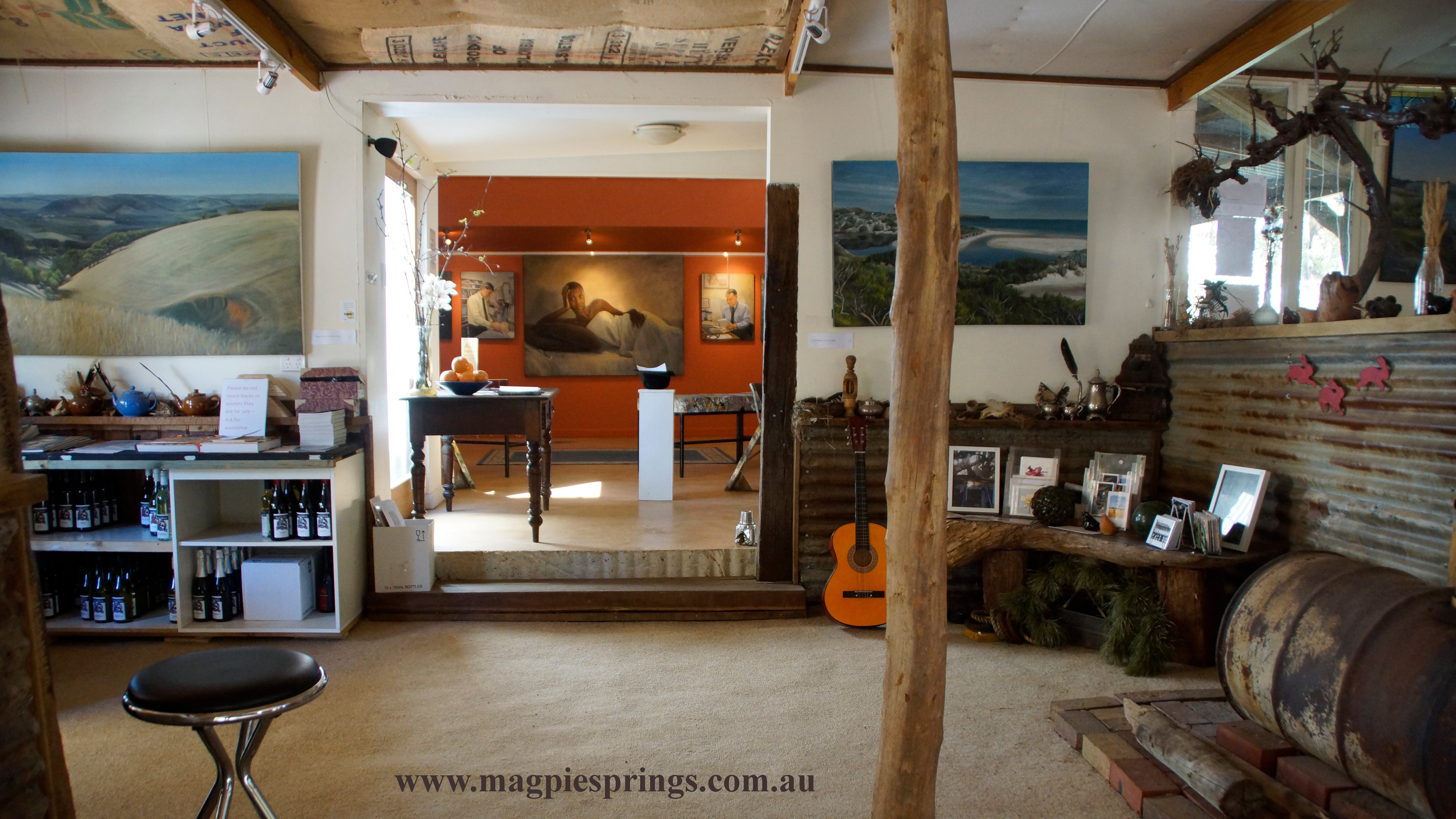 Magpie Springs gallery - Carnarvon Accommodation
