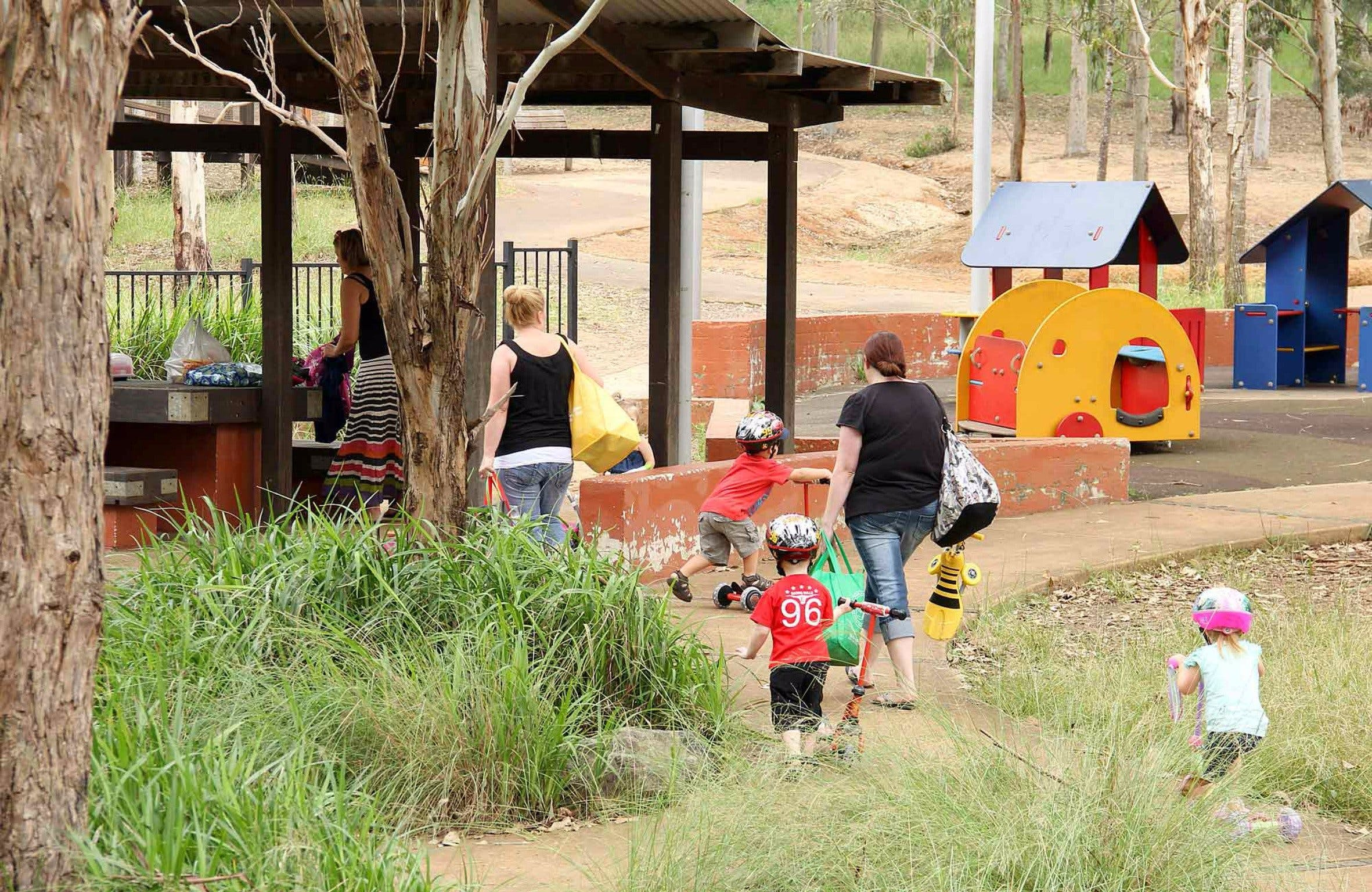 Rouse Hill picnic area and playground - Carnarvon Accommodation