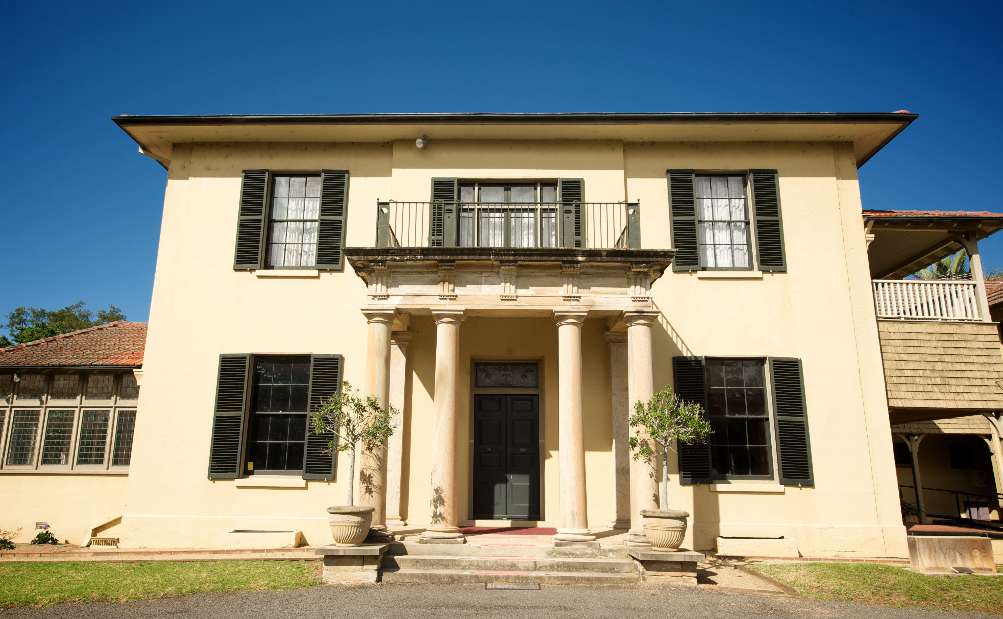 Wivenhoe House - Carnarvon Accommodation
