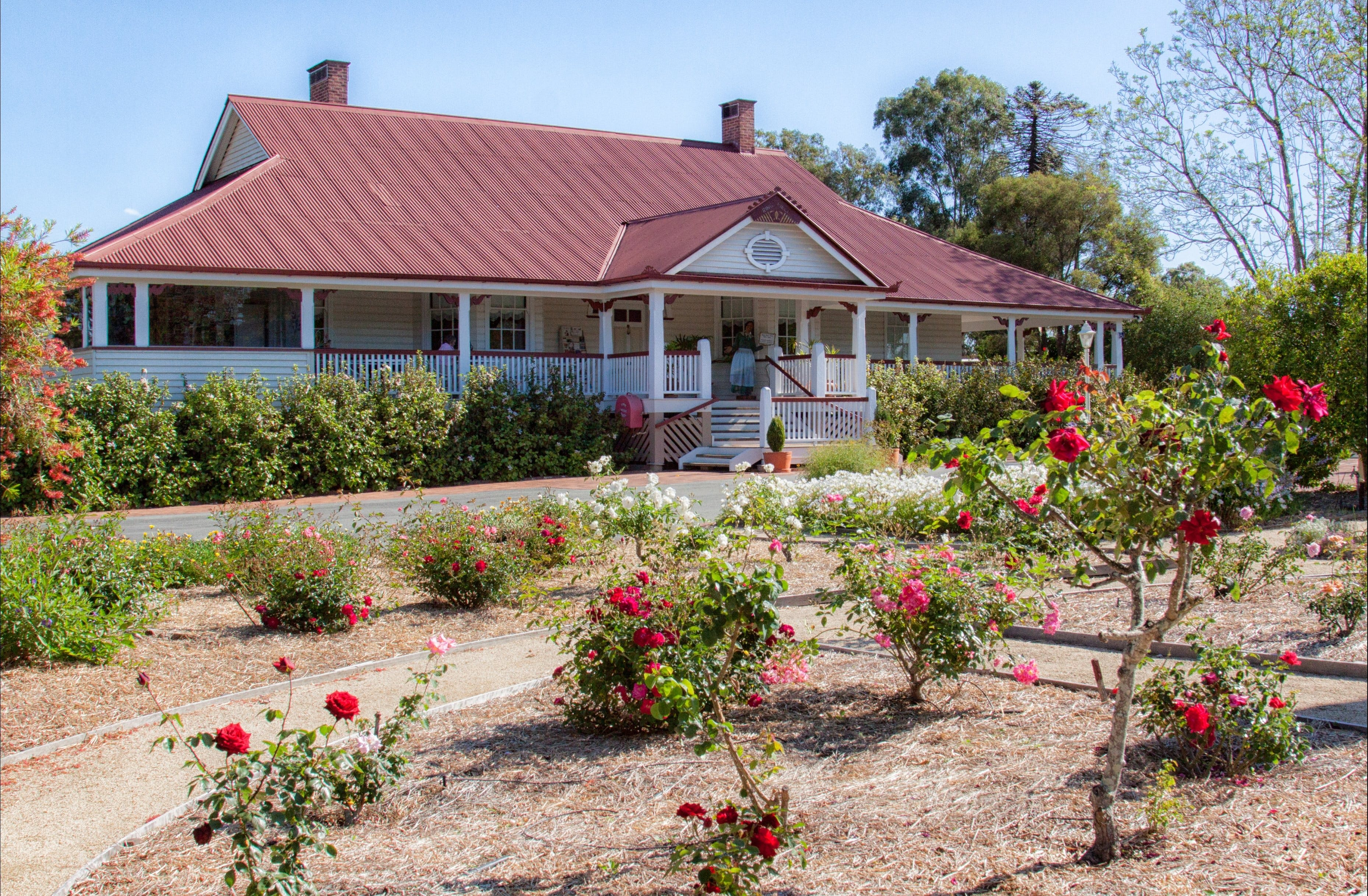 Ringsfield House Nanango - Carnarvon Accommodation