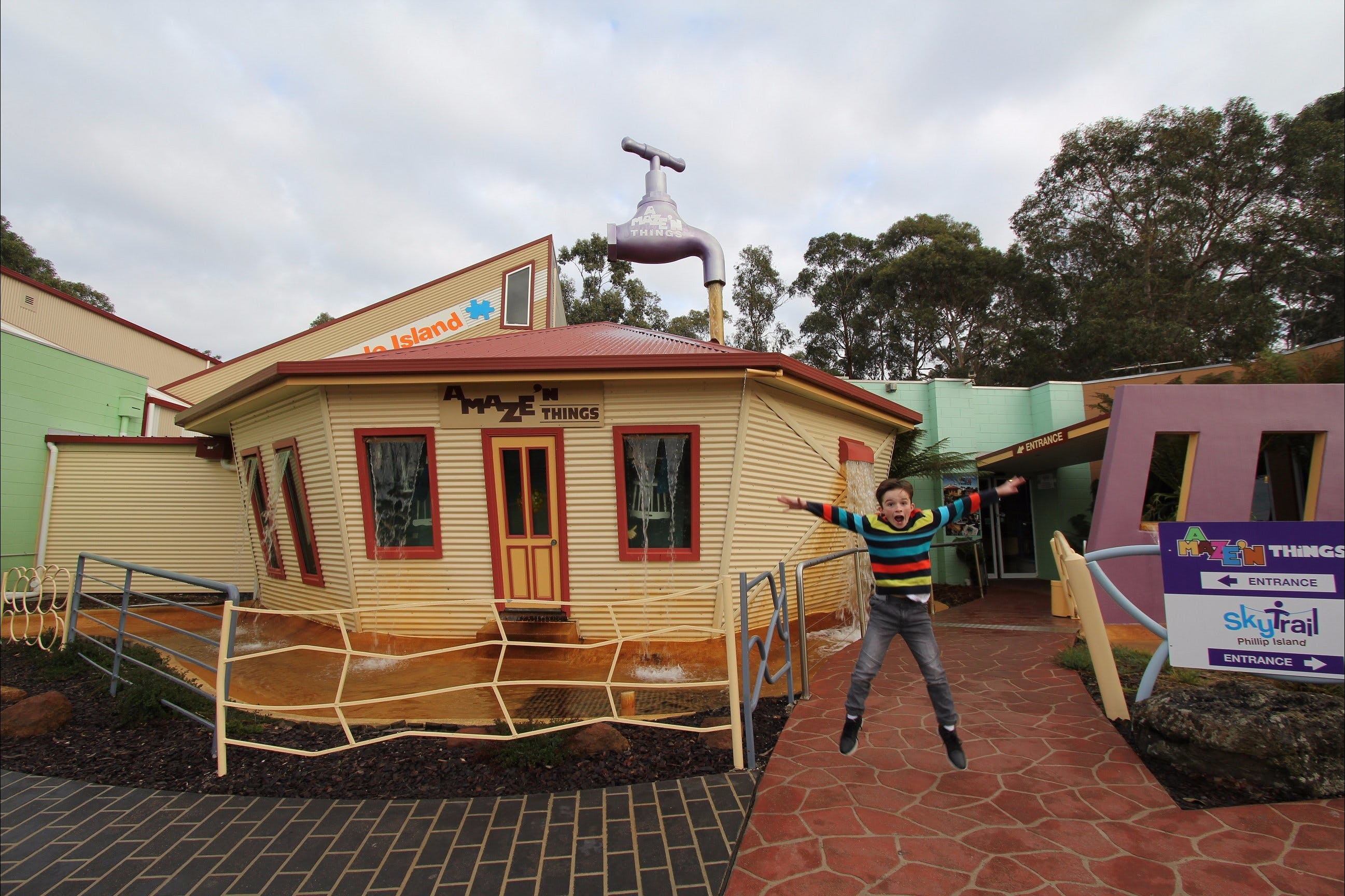 A Maze'N Things - Carnarvon Accommodation