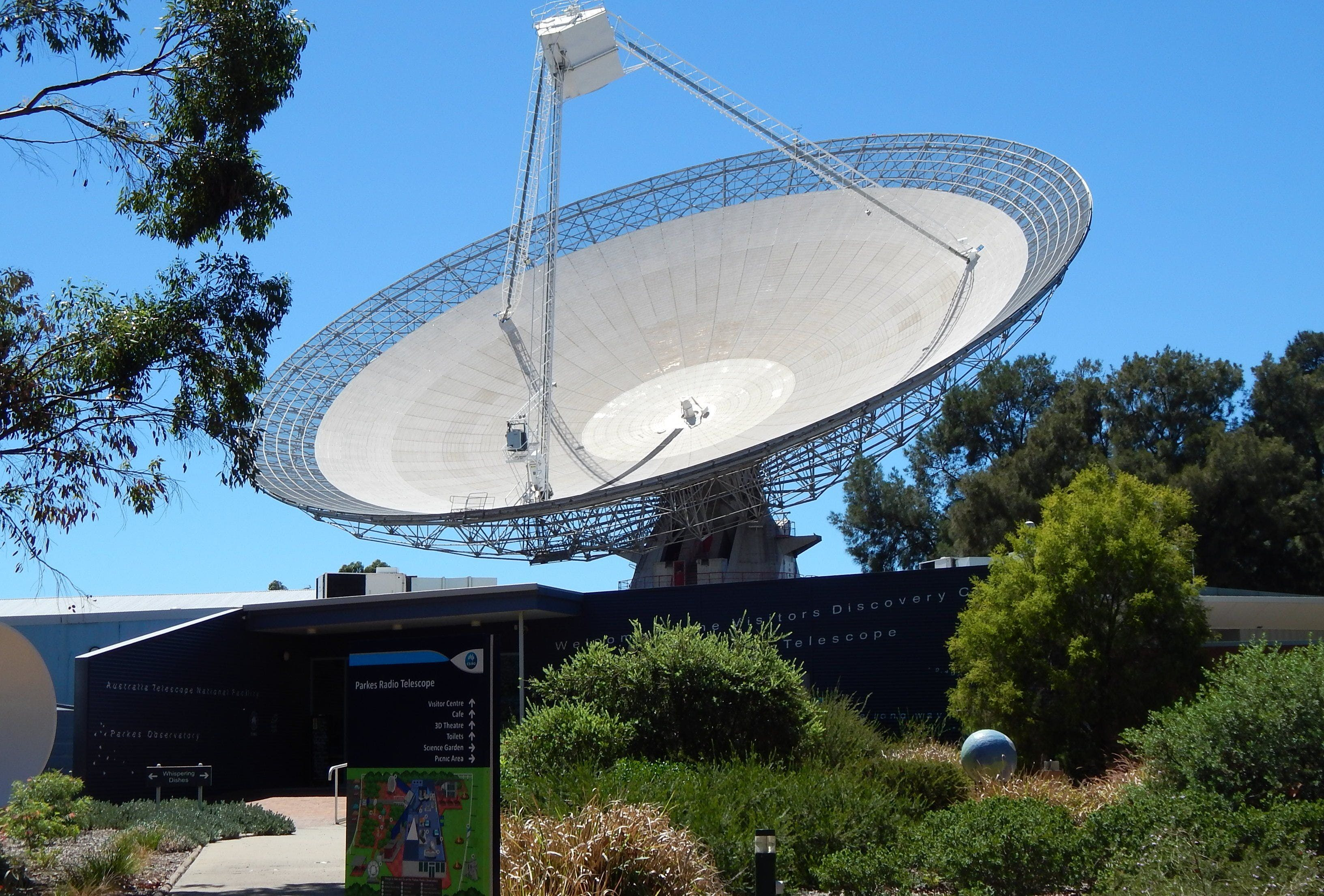 CSIRO Parkes Radio Telescope Visitor Centre - Carnarvon Accommodation