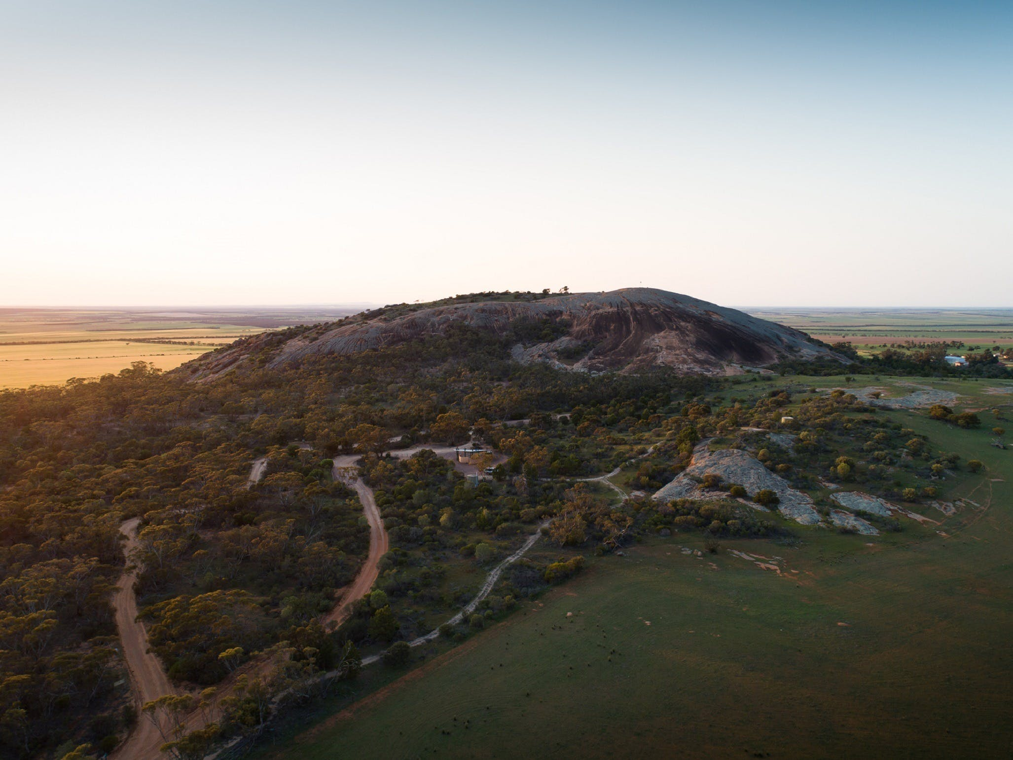 Mount Wudinna - Carnarvon Accommodation