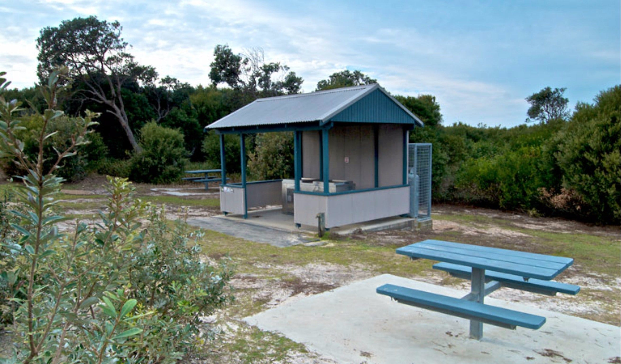 Tea Tree picnic area and lookout - Carnarvon Accommodation