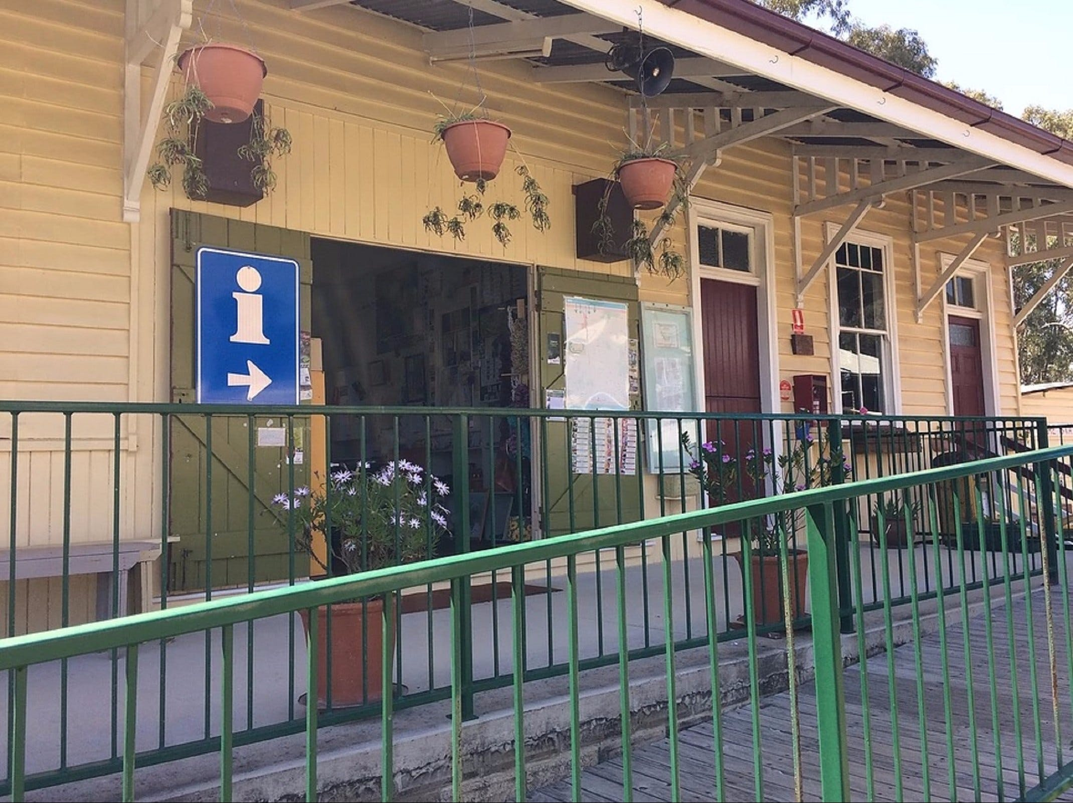 Yarraman Heritage Centre - Carnarvon Accommodation