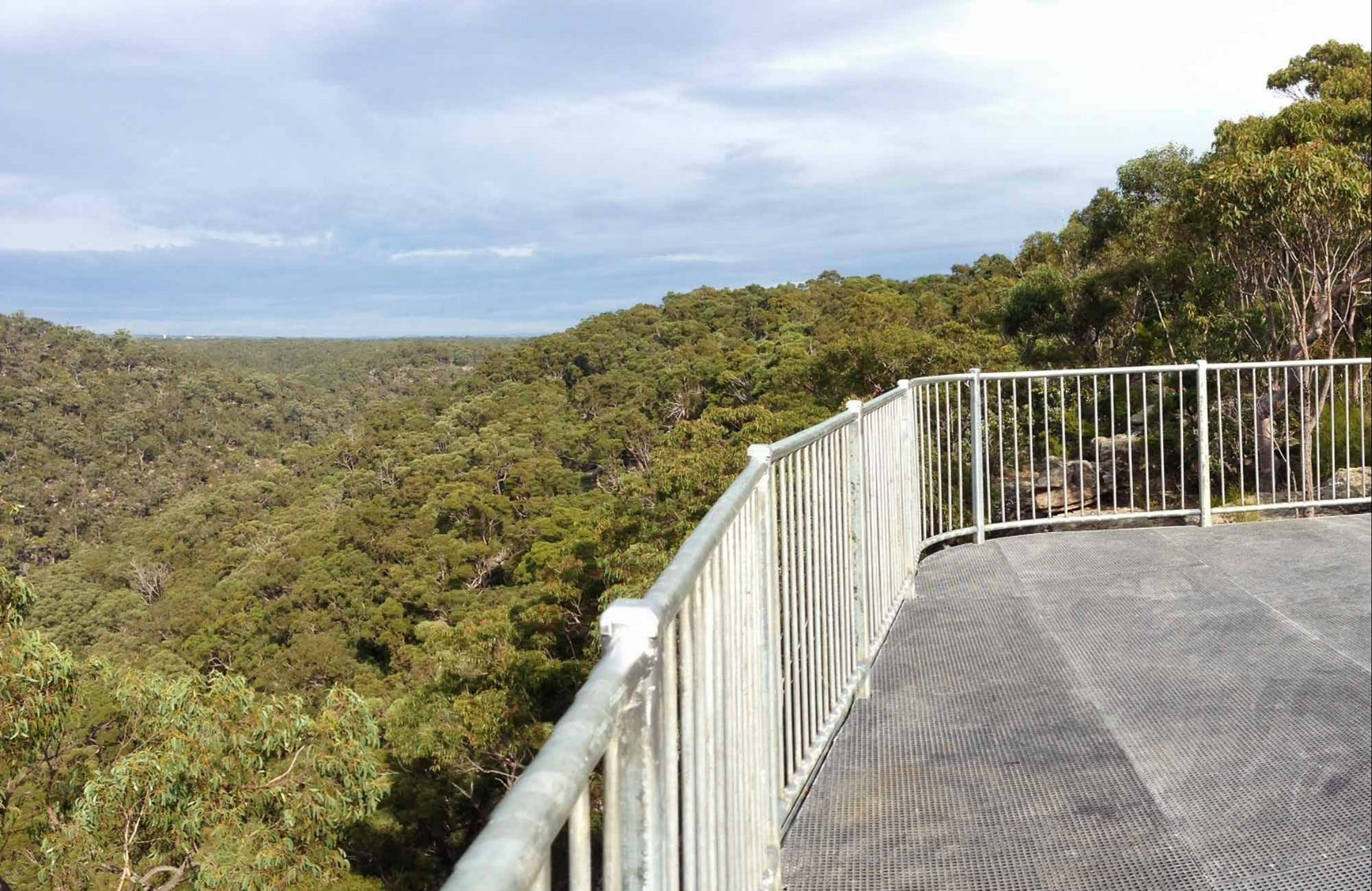 O'Hares Creek Lookout - Carnarvon Accommodation