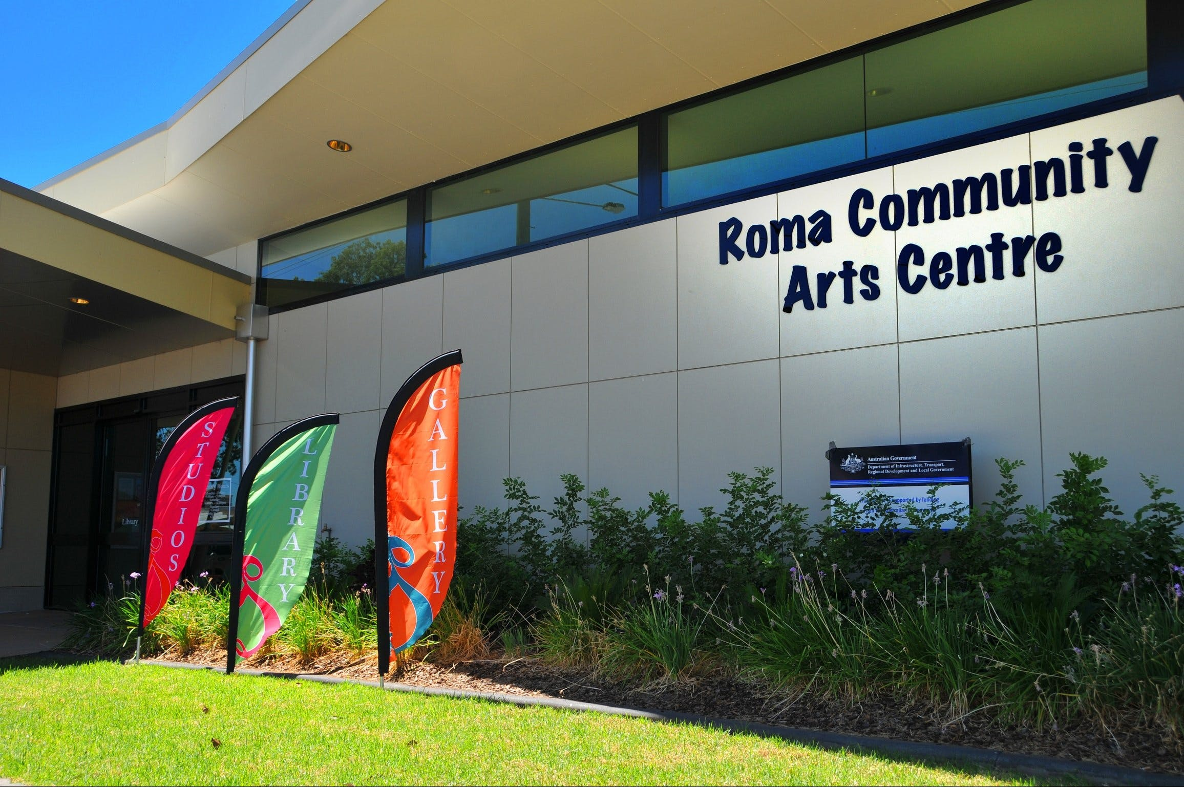 Roma on Bungil Art Gallery and the Walk of Art - Carnarvon Accommodation