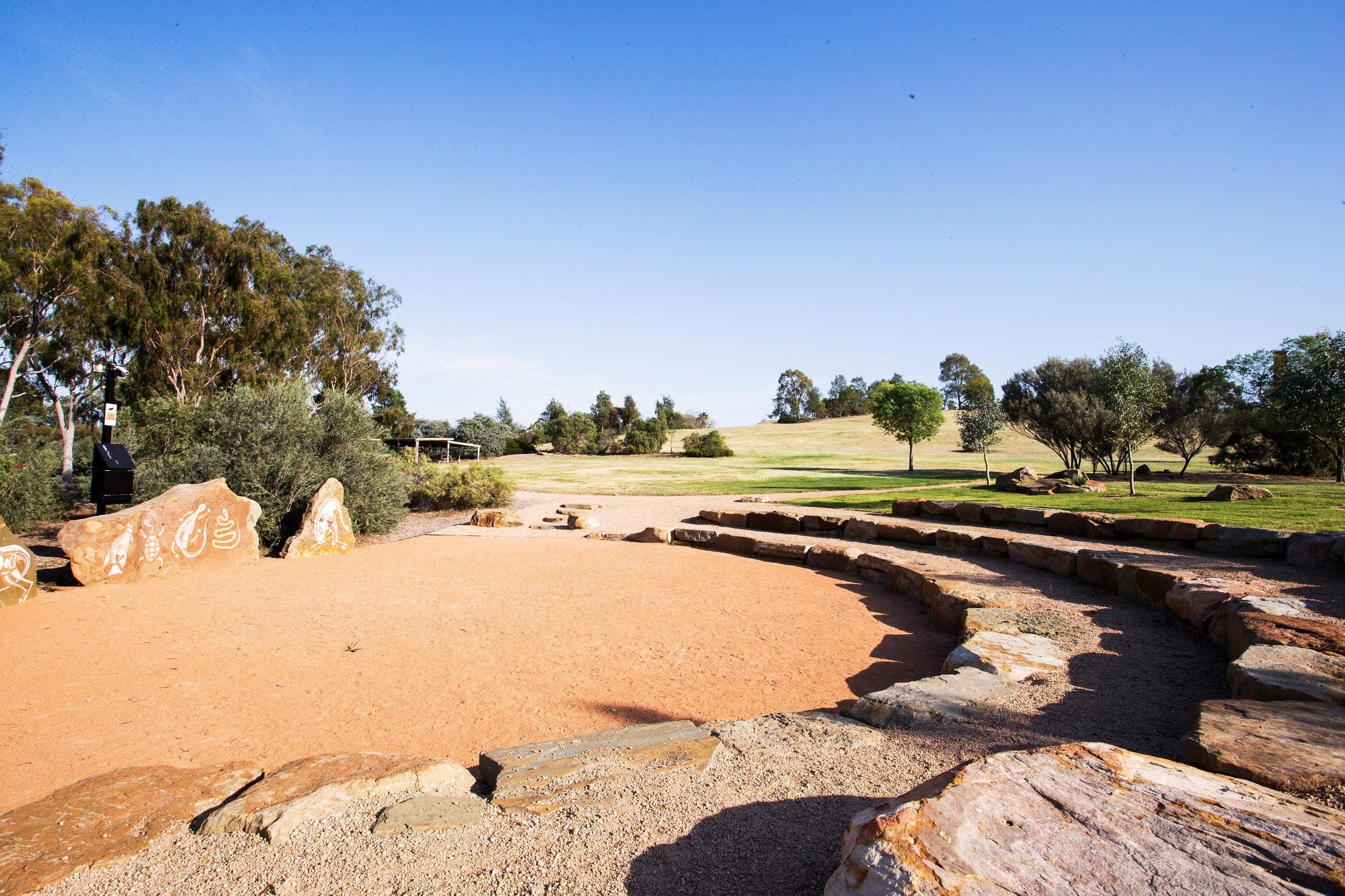 Wiradjuri Amphitheatre - Carnarvon Accommodation