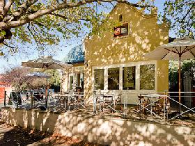 Udder Delights Cheese Cellar - Carnarvon Accommodation