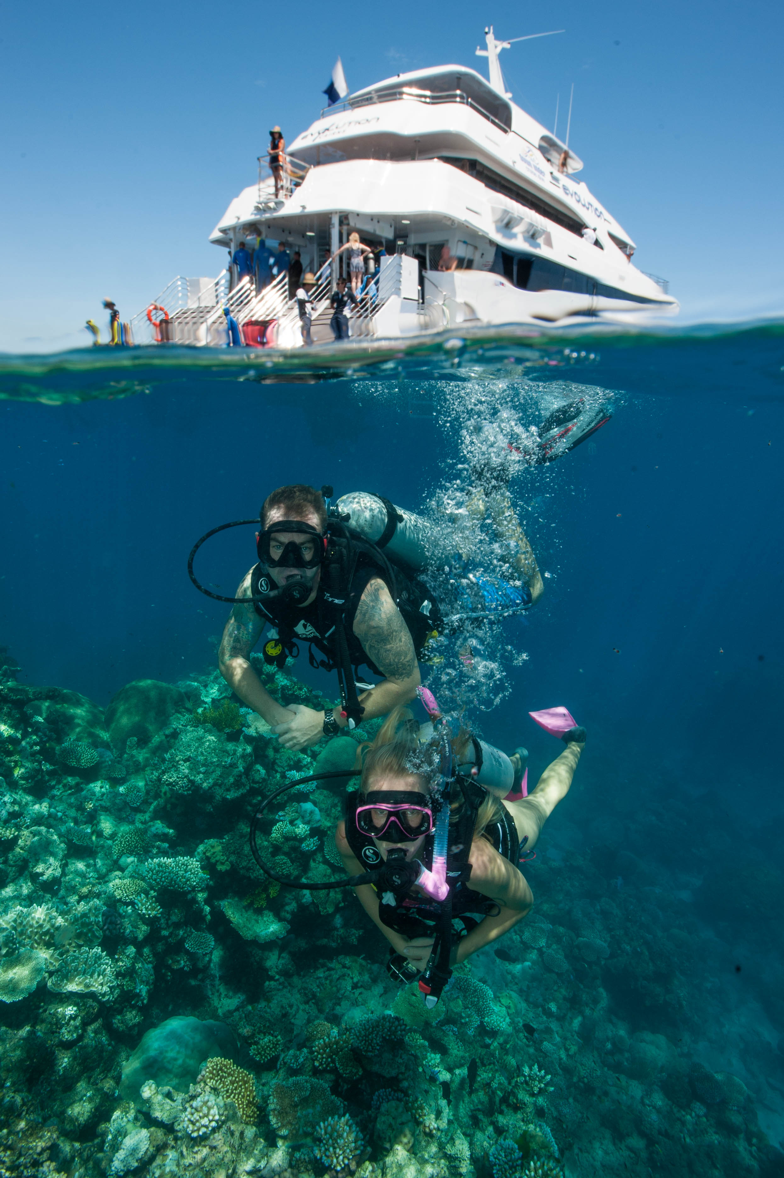 Down Under Cruise and Dive - Carnarvon Accommodation