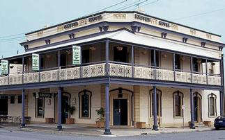 Exeter Hotel Semaphore - Carnarvon Accommodation