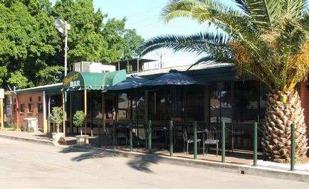 Gepps Cross Hotel - Carnarvon Accommodation