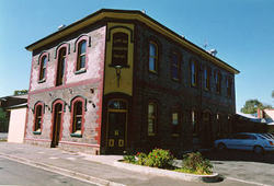 Earl of Leicester Hotel - Carnarvon Accommodation
