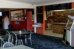 Greenwell Point Hotel - Carnarvon Accommodation